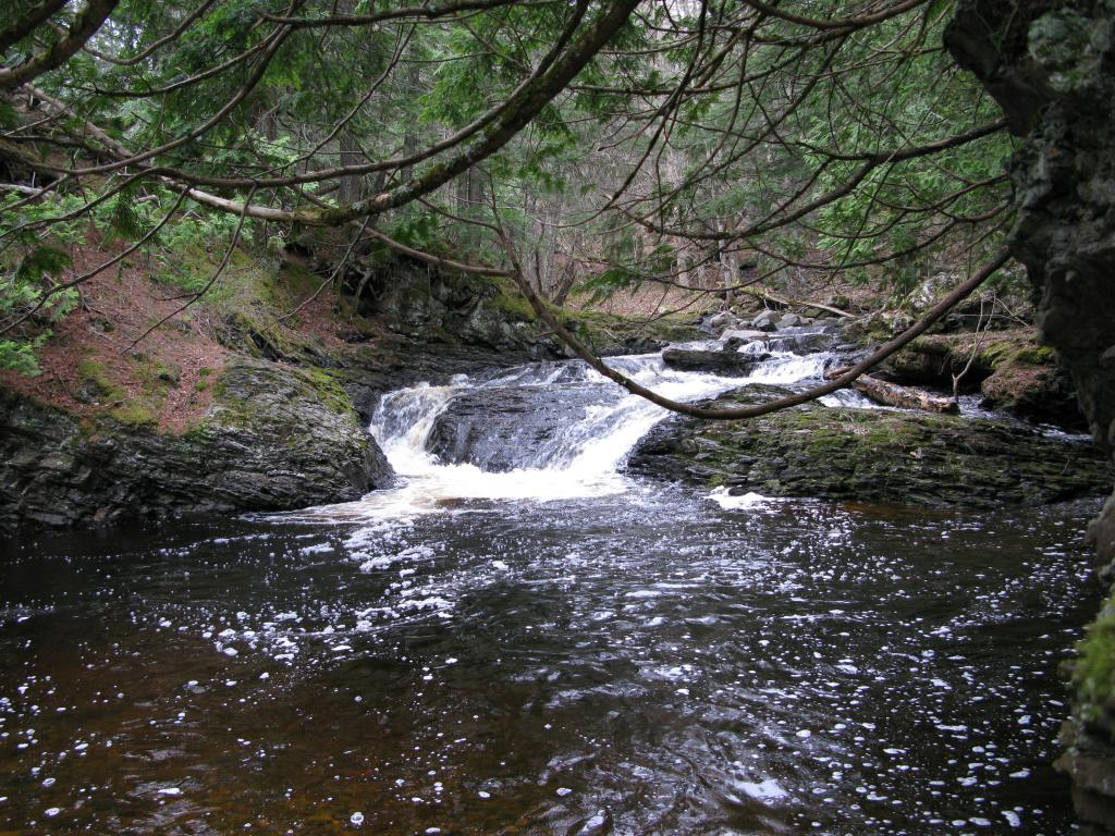 Blog | Waterfalls of East Huron River Gorge