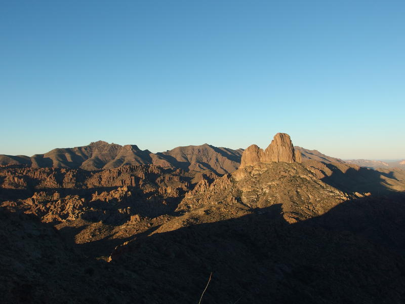 A fully woken morning on the Western Superstitions