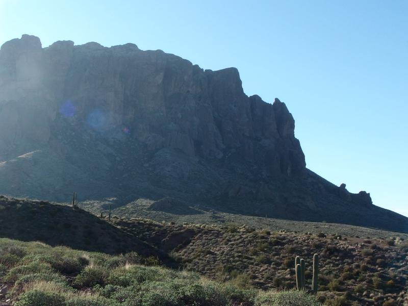 Tall cliffs on Superstition Ridgeline