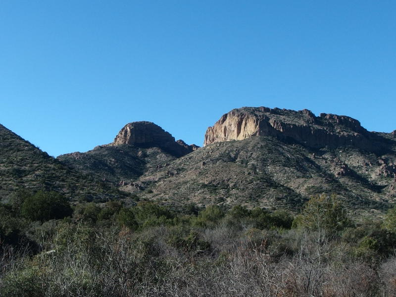 Steep buttes on the shoulder of Tortilla Mountain