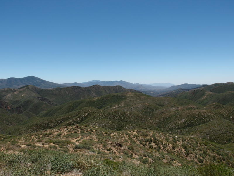 Big southern views of Four Peaks and Superstition Ridgeline